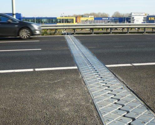 Geluidsarme Voegovergang aangebracht op de snelweg
